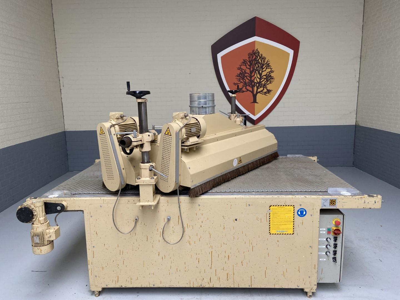 Cosma 1300/30 gebruikte borstelmachine