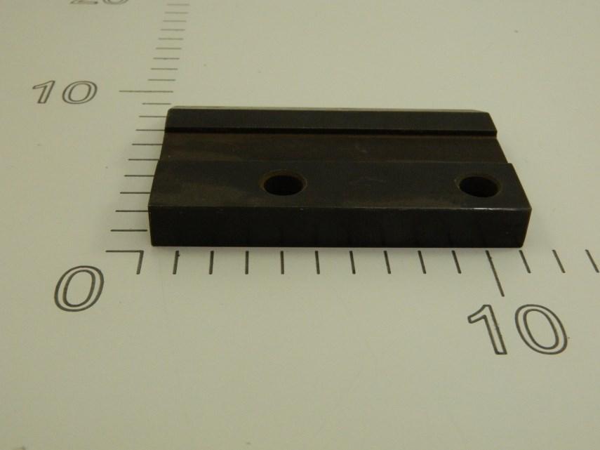 Aandrukplaat (links) 104 mm