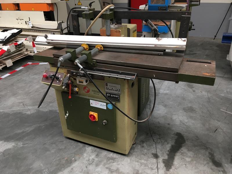Masterwood OM B1 Gebruikte gatensteekmachine