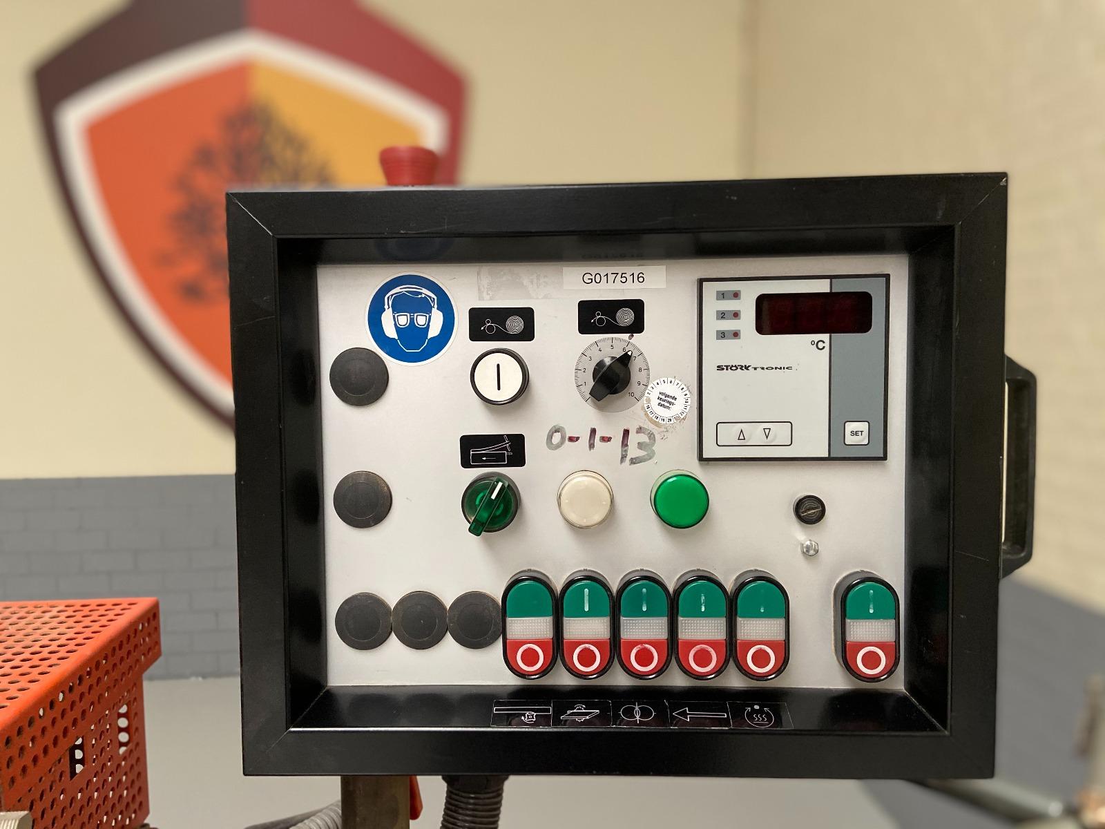 Hebrock Euro 3001 gebruikte kantenaanlijmmachine
