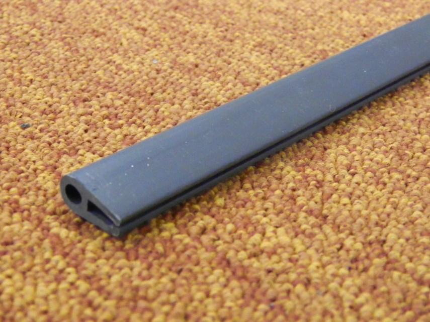 Kunststof afwerkprofiel L2030 mm