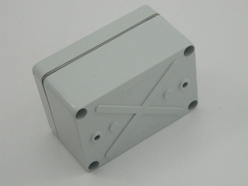 BOX 105X70X48 SAREL
