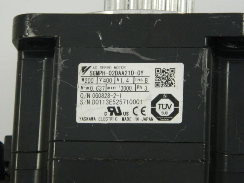 Servomotor SGMPH-02DAA21D